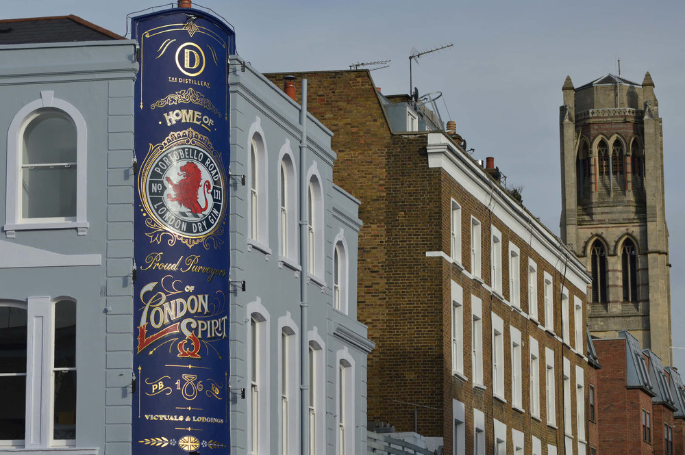 Hand-Lettering-Sketch-Signwriting-Jack-Distillery-Portobello-Road-Closer-look-from-outside_2500_c